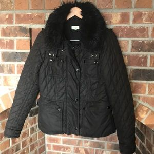 Witchery brand quilted jacket w/faux fur collar M